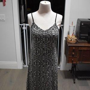 En Creme Tribal Print Maxi Dress